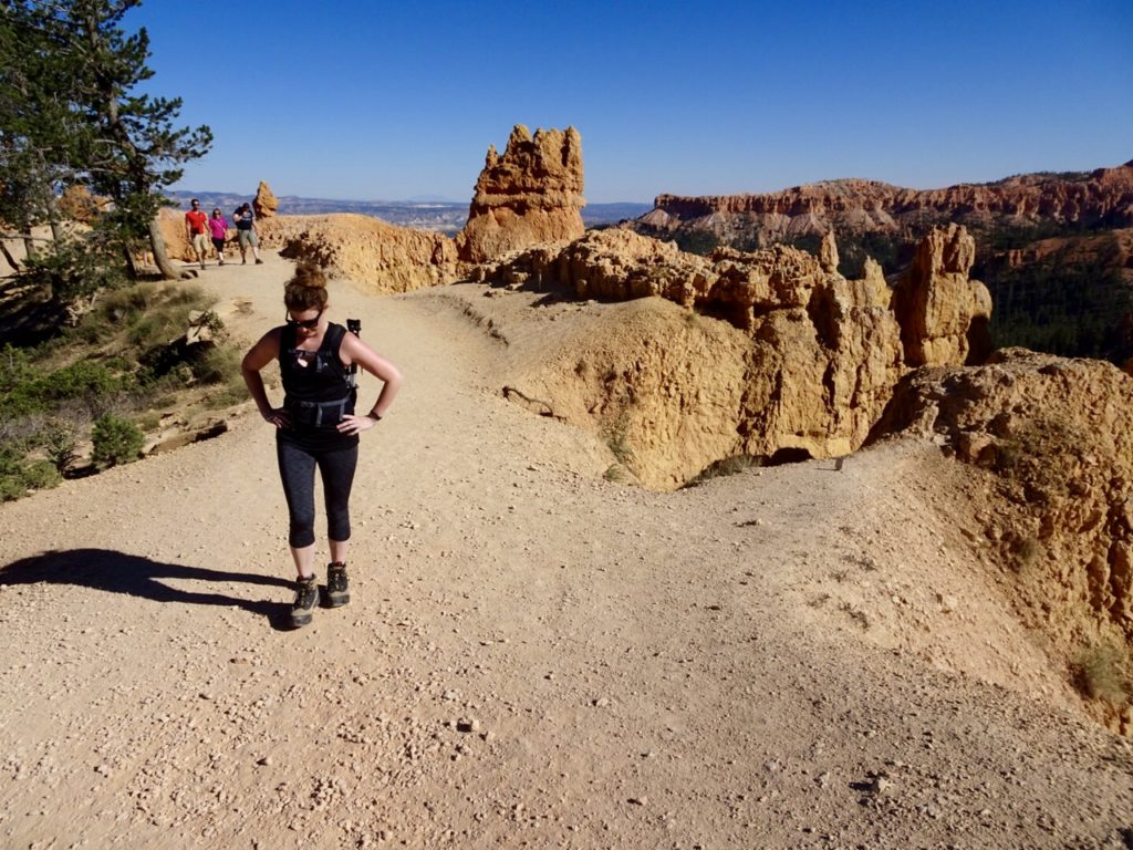 hiking Bryce Canyon // feathersandstripes.com