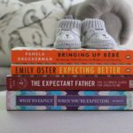 4 Best Pregnancy Books (and 2 Best Apps)