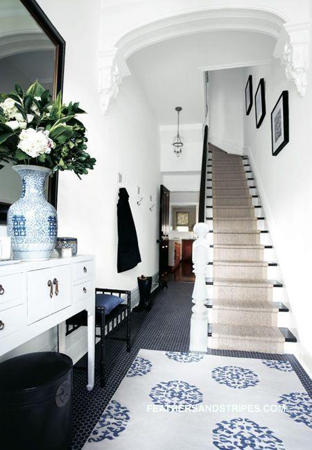 modern-entryway