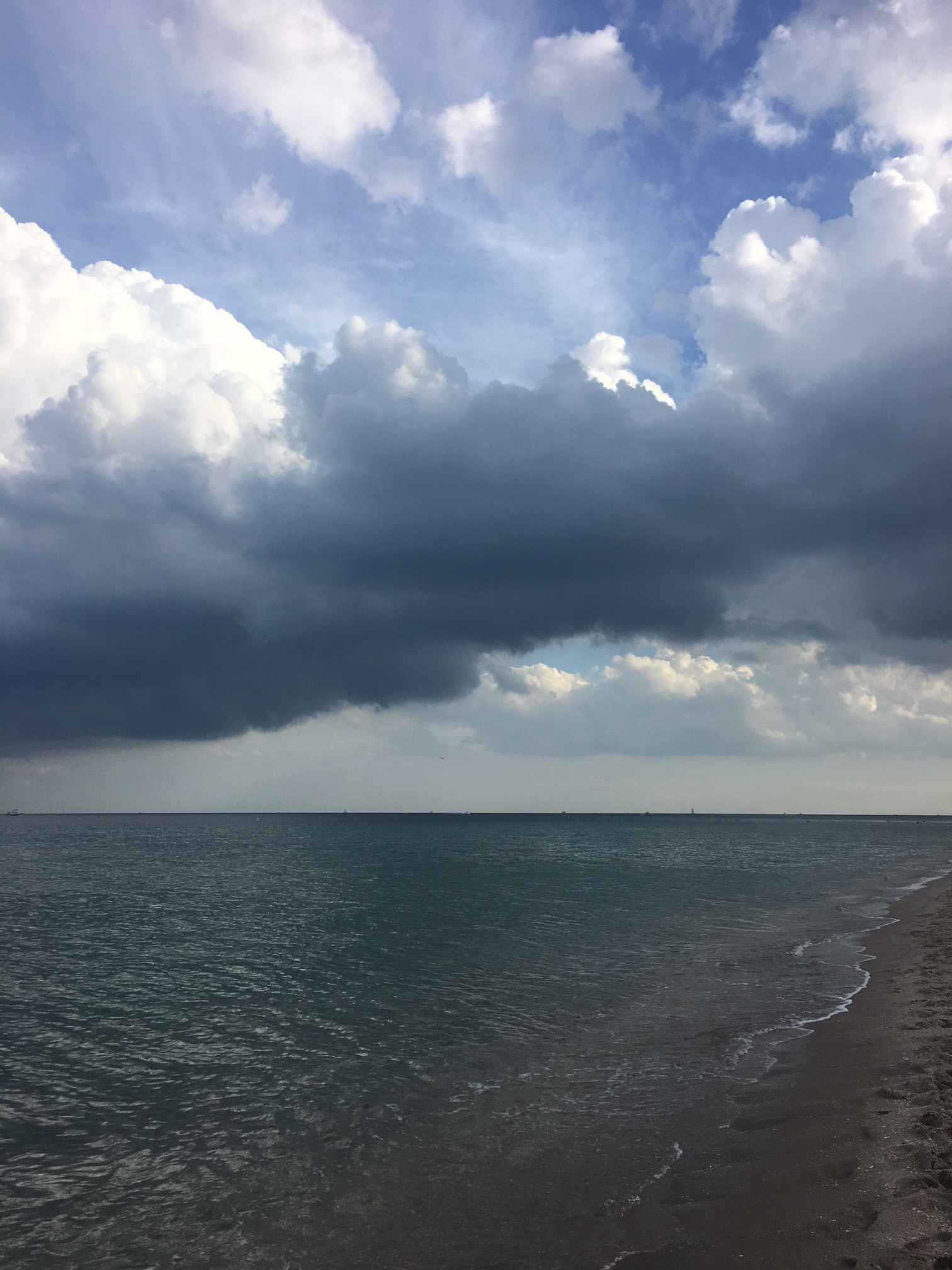 stormy Fort Lauderdale beach