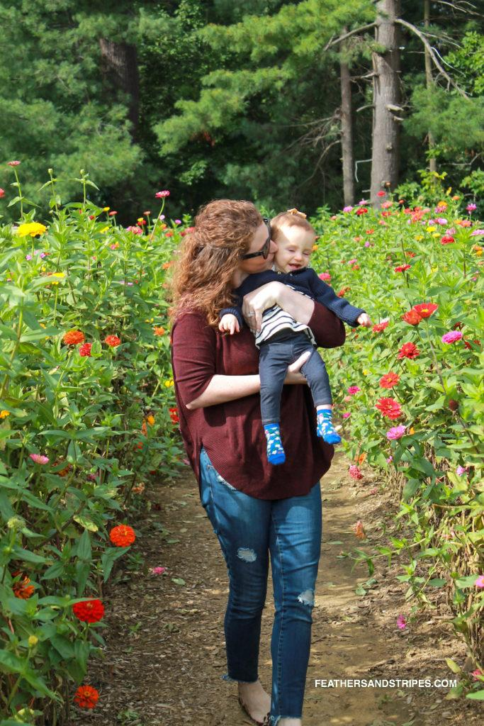 Where to go apple picking in Massachusetts, Parlee Farms apple picking September | Nordstrom | ASOS | Amazon | Apple Picking, Pumpkins + the Best Skinny Jeans Everyone Asks About featured by popular Boston life and style blogger Feathers and Stripes