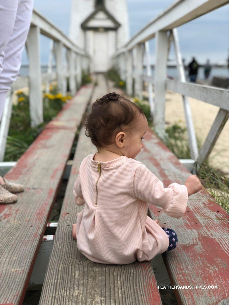 What to do with a baby on Nantucket in September (traveling to Nantucket in the fall) | #Nantucket | #travelblogger | feathersandstripes.com | Nantucket in the Fall: the Ultimate Travel Guide featured by top Boston travel blog Feathers and Stripes