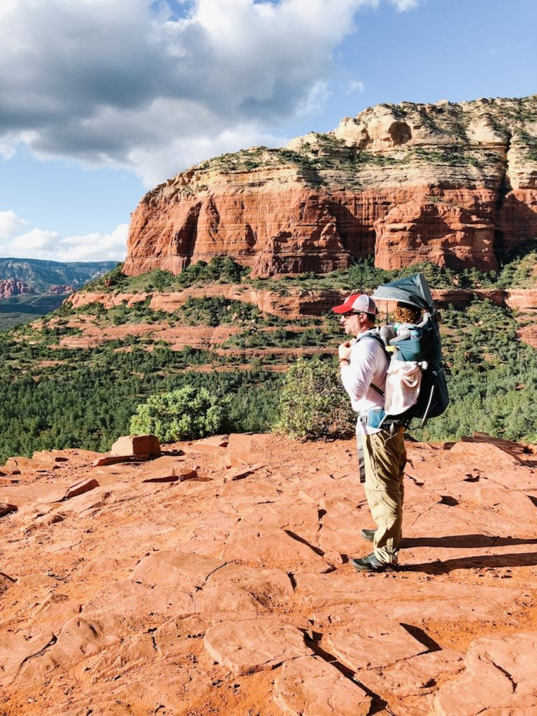 best hiking trails in Sedona, Arizona - from mom- and travel-blogger feathersandstripes.com