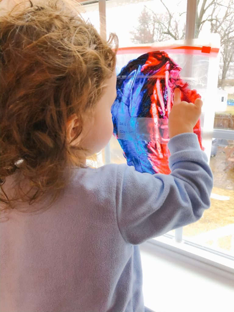 toddler mess-free painting and other activities to do at home