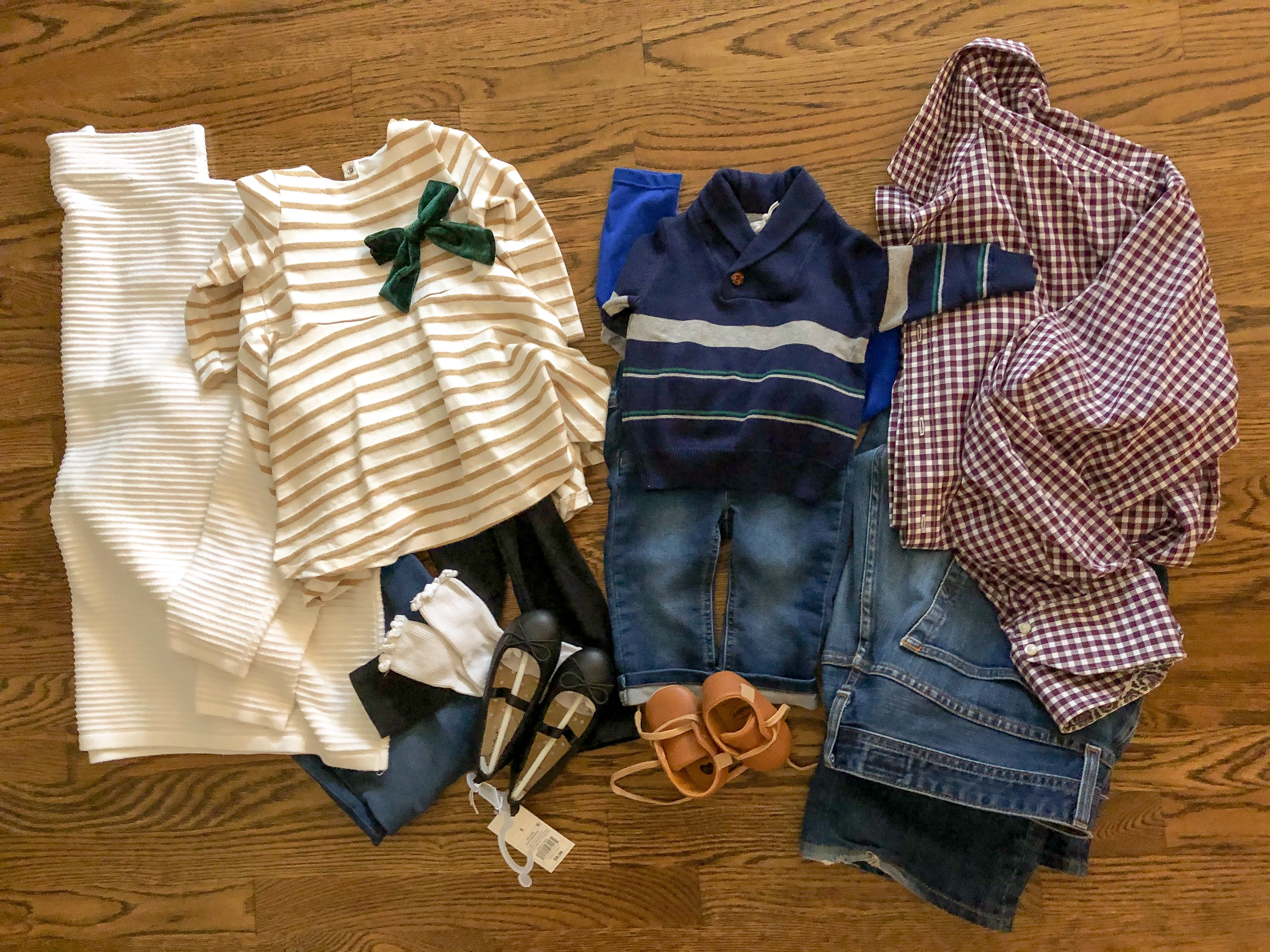 easy family photo outfits with kids